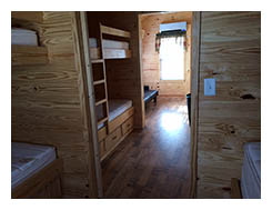 Dockside Cabin - Beds