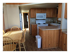 Interior photo of kitchen of Lake Eufaula Dockside Cabin